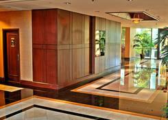 6400 Building: